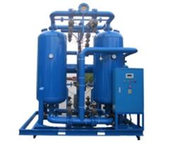 Secador de ar comprimido por adsorção com regeneração de calor